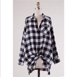 Tops - Leah Black & White Oversized Boyfriend Flannel